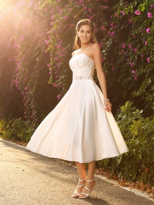 Sweetheart A-Line/Princess Satin With Beading Sleeveless Short Wedding Dresses