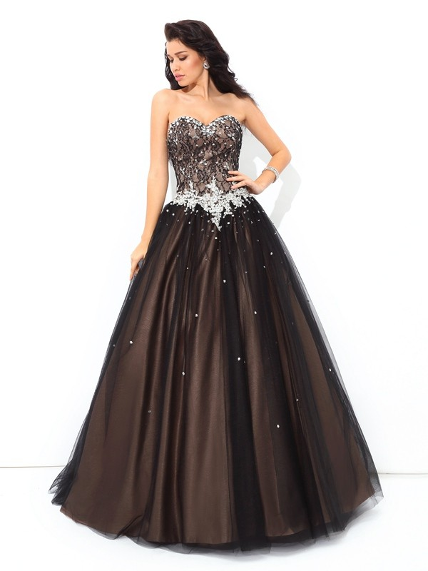 Ball Gown Sweetheart Sleeveless Long Net Quinceanera Dresses With Beading