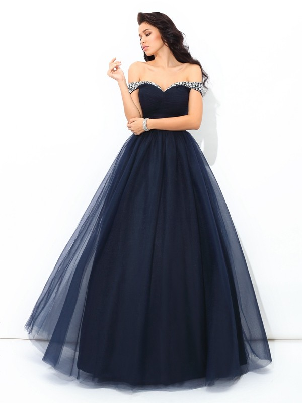 Off-the-Shoulder Ball Gown Sleeveless Long Net Quinceanera Dresses With Beading