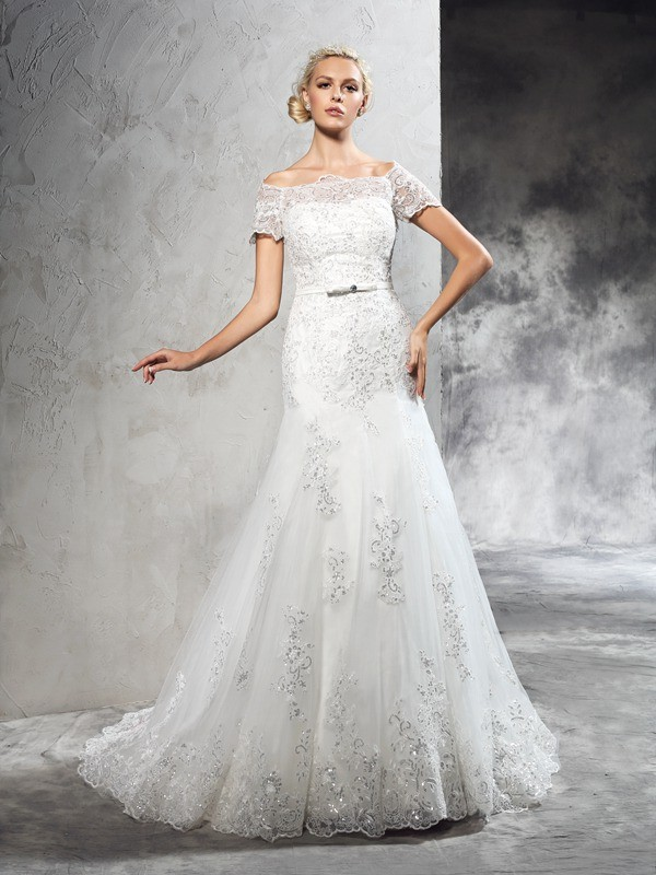 Sheath/Column Off-the-Shoulder Short Sleeves Net Long Wedding Dresses With Applique