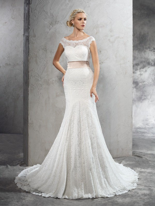 Sheer Neck Sheath/Column Sash/Ribbon/Belt Sleeveless Long Lace Wedding Dresses