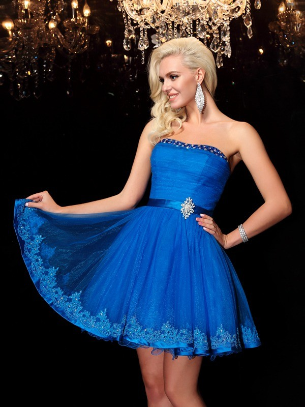 A-Line/Princess Strapless Sleeveless Short Net Dresses With Beading