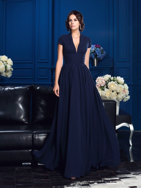 Fantastic A-Line/Princess V-neck Short Sleeves Long Chiffon Mother of the Bride Dresses With Applique