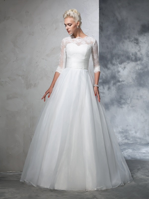 Ball Gown Jewel 3/4 Sleeves Long Organza Wedding Dresses With Applique