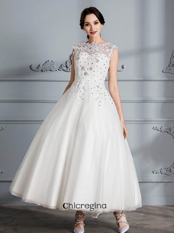 Adorable Tea-Length Ball Gown Scoop Sleeveless Tulle Wedding Dresses
