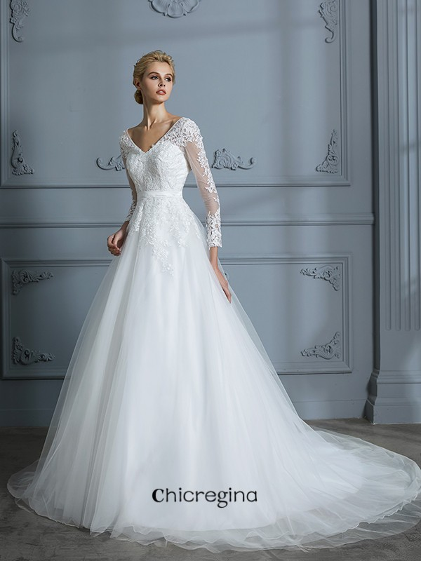 Fashional Ball Gown V-neck Long Sleeves Court Train Lace Tulle Wedding Dresses