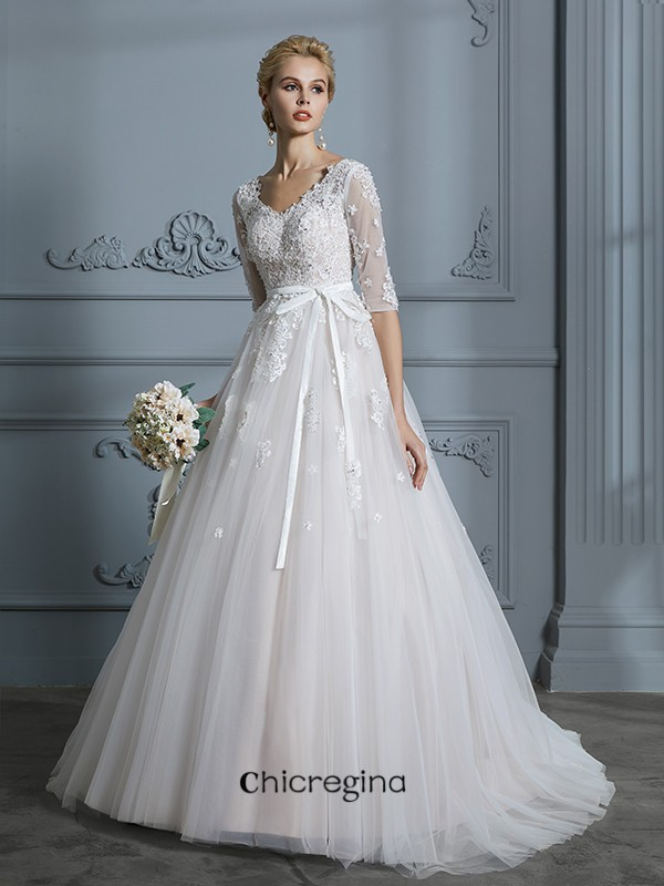 Stylish Ball Gown V-neck Court Train 1/2 Sleeves Lace Tulle Wedding Dresses