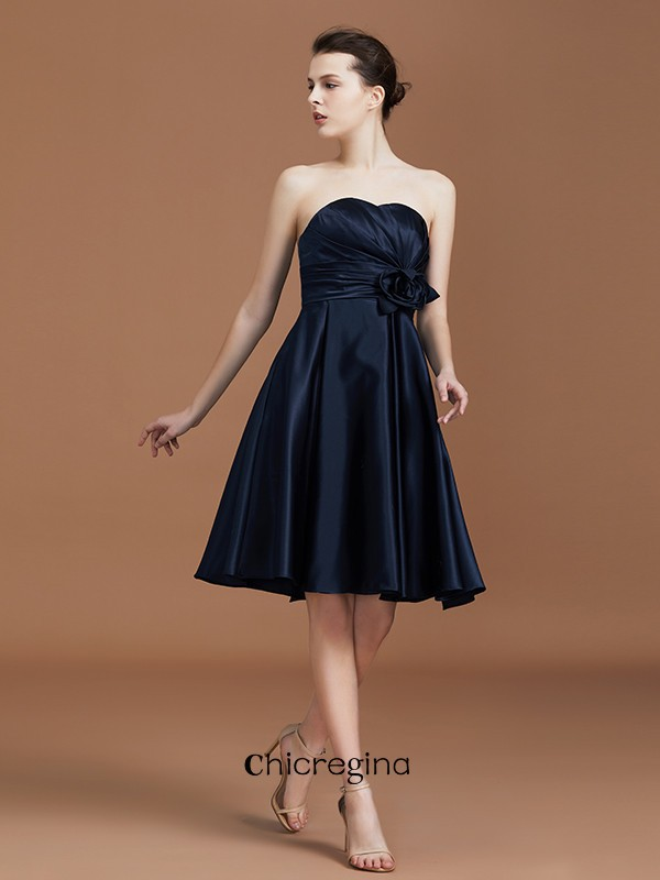 Knee-Length A-Line/Princess Sweetheart Sleeveless Satin Hand-Made Flower Bridesmaid Dresses