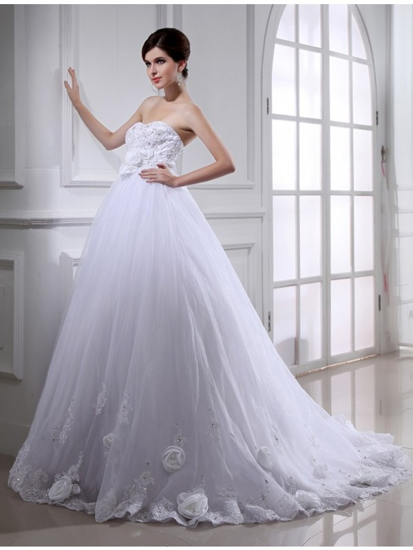 Ball Gown Hand-made Flower Strapless Organza Sleeveless Long Wedding Dresses With Beading