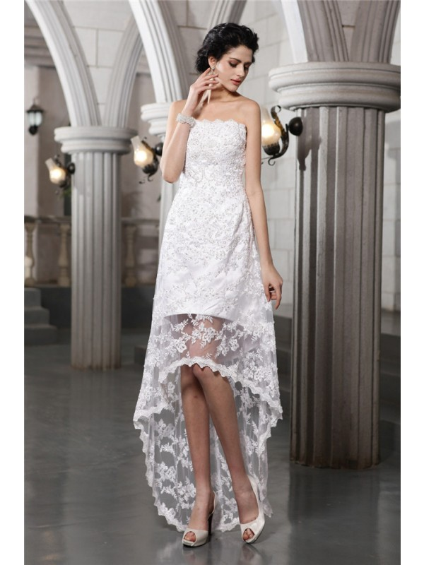 Sheath/Column Strapless Sleeveless High Low Lace Wedding Dresses With Beading