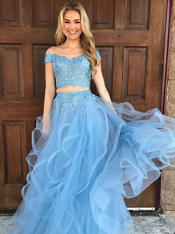 Floor-Length A-Line Sleeveless Off-the-Shoulder Tulle With Applique Two Piece Dresses