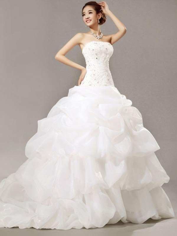 Ball Gown Sleeveless Strapless Cathedral Train Organza Wedding Dresses