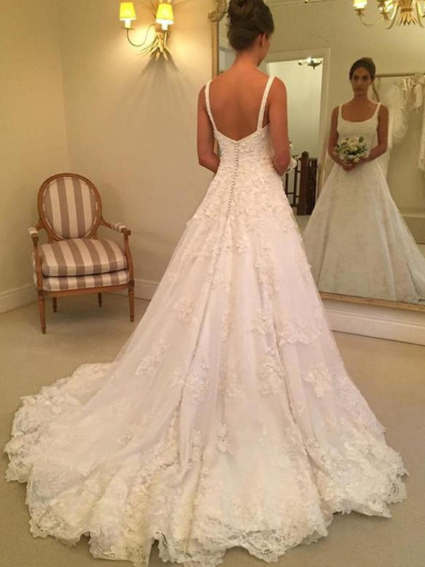 A-Line/Princess Sleeveless Square Court Train Lace Wedding Dresses