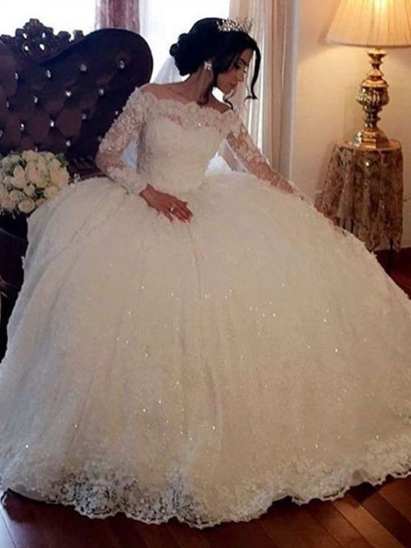 Ball Gown Bateau Floor-Length Long Sleeves Tulle Wedding Dresses