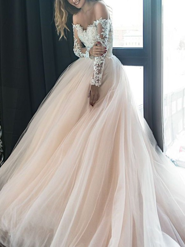 A-Line/Princess Off-the-Shoulder Court Train Long Sleeves Tulle Wedding Dresses