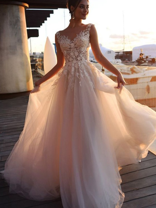 A-Line Bateau Short Sleeves Sweep/Brush Train Tulle Bride Dress with Applique