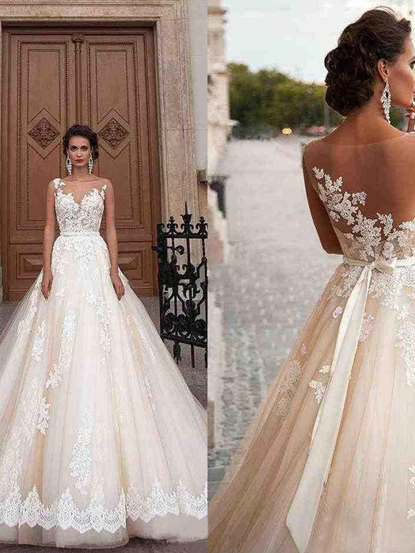 Love Letter A-Line Tulle Scoop Sleeveless Court Train Bride Dress with Applique