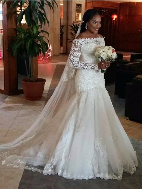 Trumpet/Mermaid Off-the-Shoulder Long Sleeves Lace Tulle Long Wedding Dresses