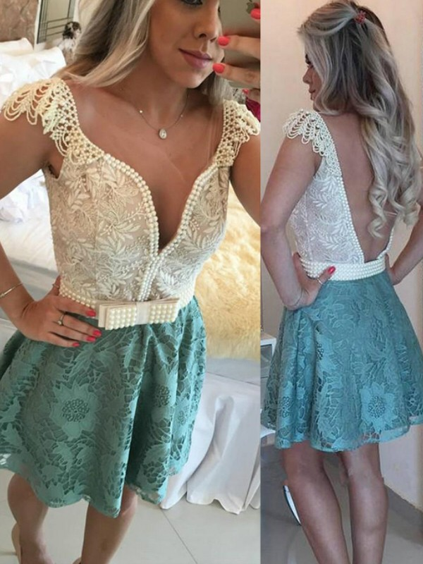 A-Line/Princess Sleeveless V-neck Lace Short/Mini Dresses With Beading