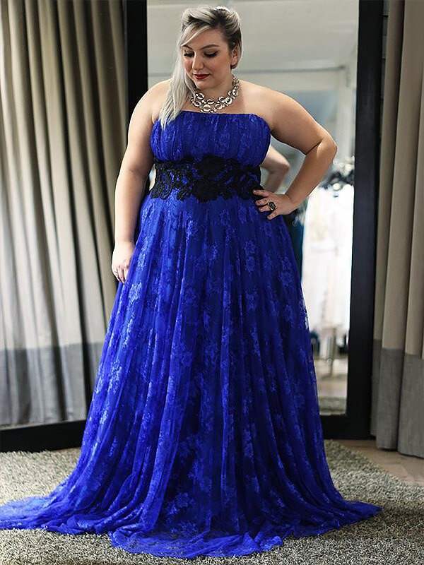 Floor-Length A-Line/Princess Sleeveless Strapless Lace Plus Size Dresses With Applique