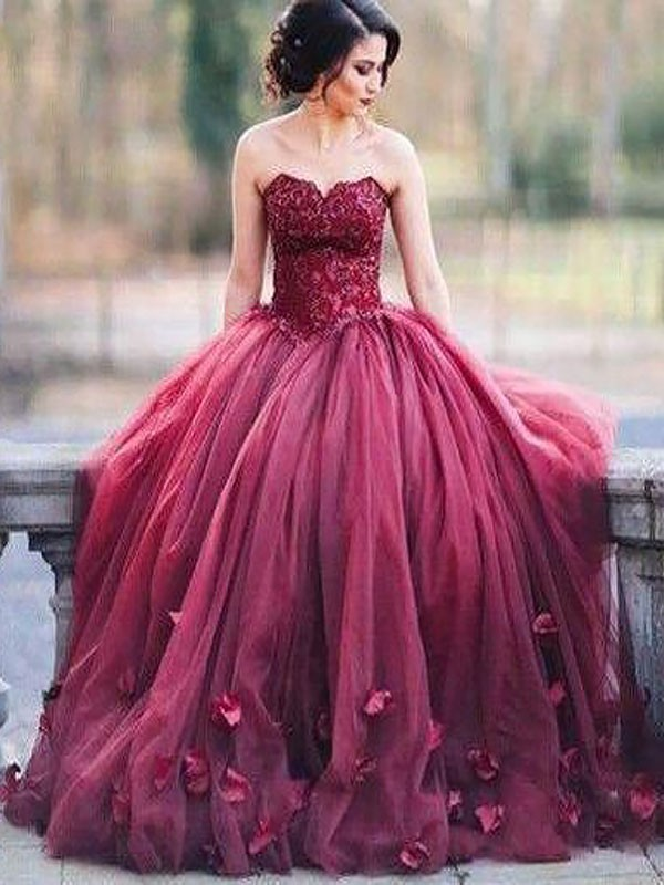 Floor-Length Ball Gown Sleeveless Sweetheart Tulle Dresses With Applique