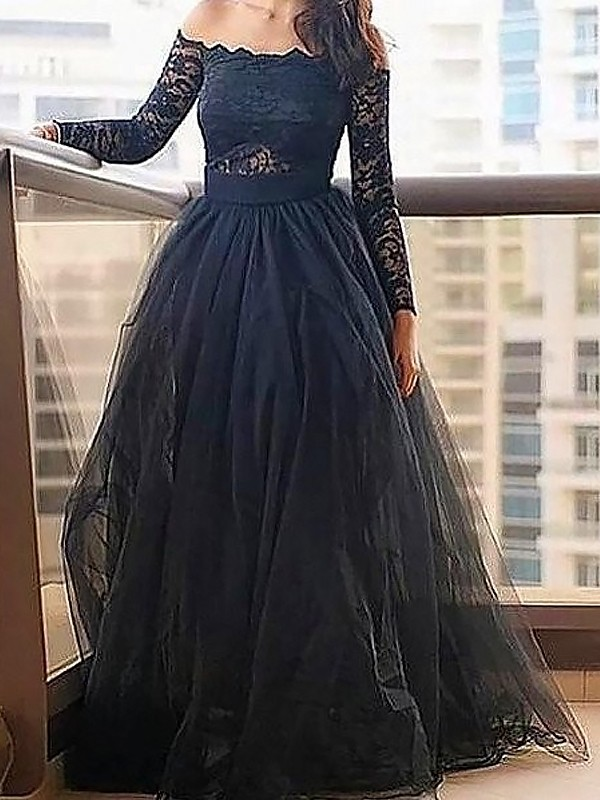 Floor-Length A-Line/Princess Off-the-Shoulder Long Sleeves Lace Tulle Dresses