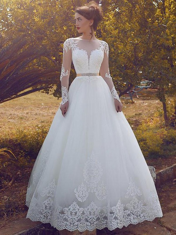 Charming Ball Gown Long Sleeves Bateau Floor-Length Tulle Wedding Dresses
